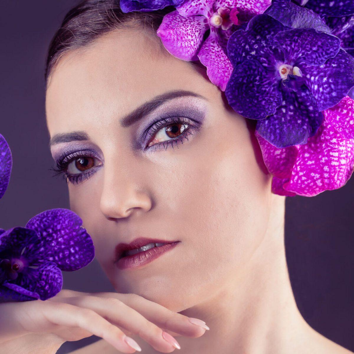 Portrait_Beauty_Women_Creative_Flowers_hoch